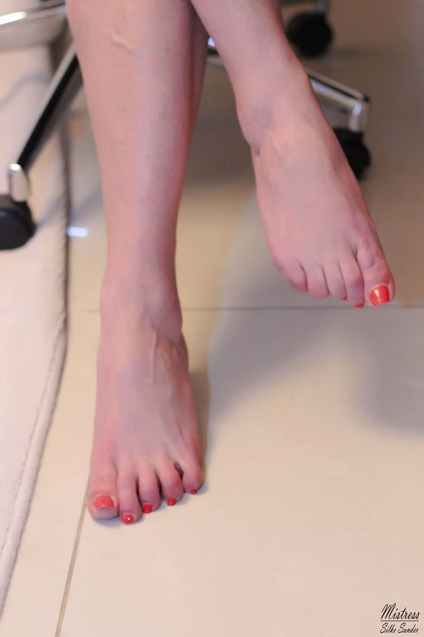 dxb feet7